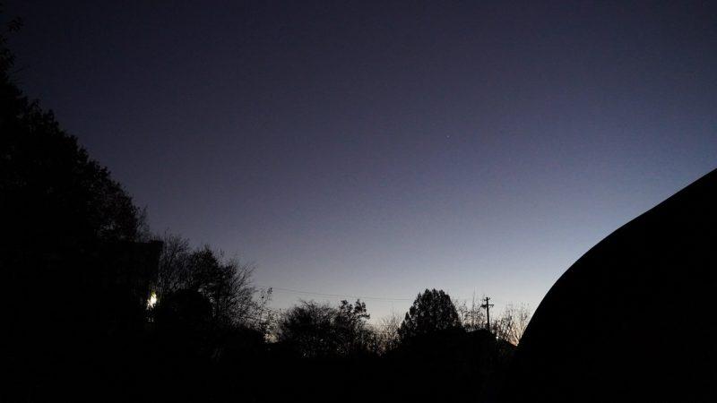 夕暮れの木星と土星