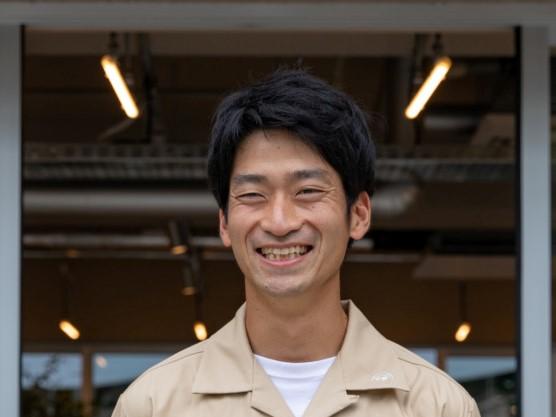 壽榮松孝介さん